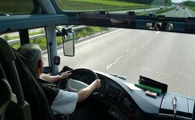 buszsofor400-1424203834.jpg