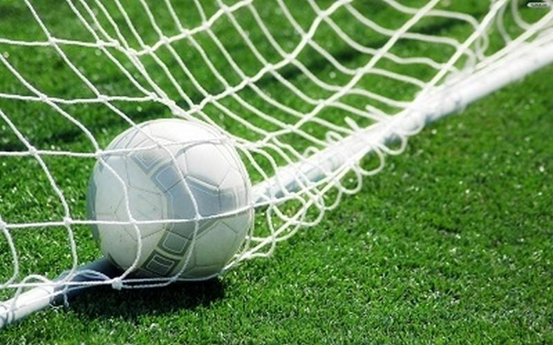 football-wallpaper-1373106109.jpg