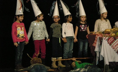 gyerekek-szinpadon400-1450152268.jpg