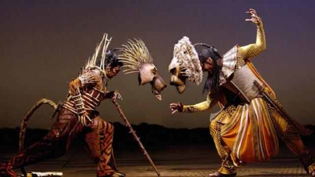lion-king-broadway-a-l-1388491763.jpg