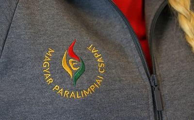 magyarparalimpiaicsapat-melegito400-1472818722.jpg