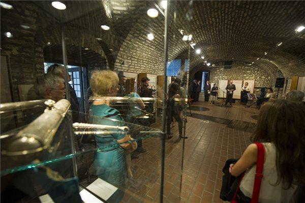 izrael-muzeum-kiallitas1-1431576558.jpg